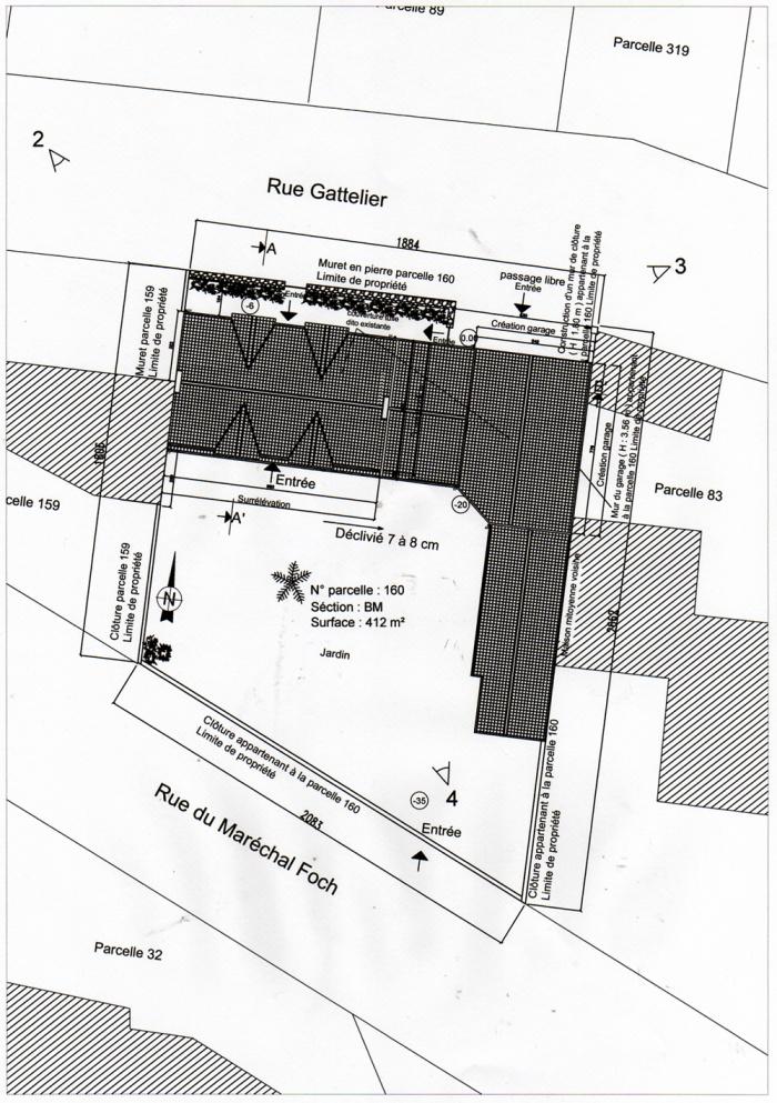 Surélévation d'une maison et construction d'un garage : Plan masse