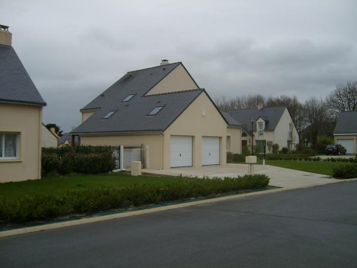 Construction d'une maison en lotissement : Pignon Est